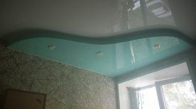 Двухуровневый натяжной потолок в спальне